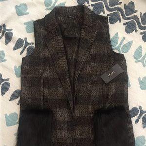 ZARA PRICE DROP Vest with faux fur pocket. NWT